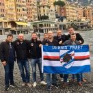 I componenti del Dennis Praet fan club on tour in visita a Genova.