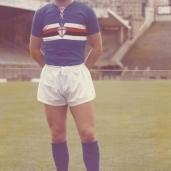 Osvaldo Arecco (Genova, 27 gennaio 1955) – Difensore, fa il suo esordio in serie A il 24 novembre 1974 in occasione del pareggio interno contro l'Inter subentrando nel secondo tempo a Gianfranco Bedin. Resta in blucerchiato dal 1973 al 1978 (con un anno in prestito al Grosseto). Totale: 15 presenze, 0 gol