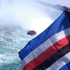 Roberto Rosichini dalle cascate del Niagara (Usa)