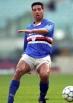 Desmond Walker (26 novembre 1965) – Arriva nel 1993 da difensore centrale titolare della nazionale inglese ma la serie A non fa per lui. Insicuro e tecnicamente lacunoso gioca 30 partite per poi tornarsene di corsa in patria.