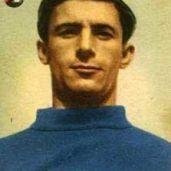 Pietro Podestà (Genova, 6 febbraio 1947) - terzino sinistro roccioso muove i suoi primi passi nell'Andrea Doria, e quando questa si fonde con la Siamperdarenese entra a far parte della Sampdoria. Milita in blucerchiato dal 1950 al 1957, con la parentesi della Pro Patria nella stagione 1955-56, per poi essere ceduto in serie B al Catania. Totale: 115 presenze, 1 gol